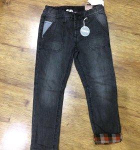 Утеплённые джинсы на 122-128