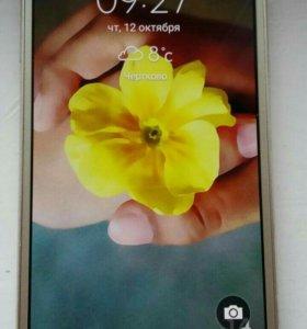 Продам телефон Samsung A5 2015 г