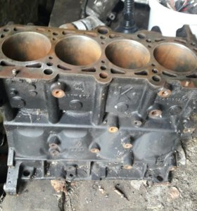 Блок двигатель awm amb 1.8t