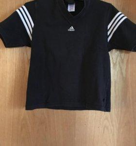 Для спорта - футболка Adidas
