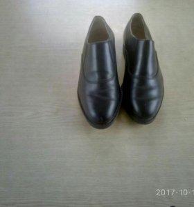 Туфли кожаные военные.