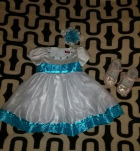Красивое платье на малышку 1—1,5 года и туфли 23 .