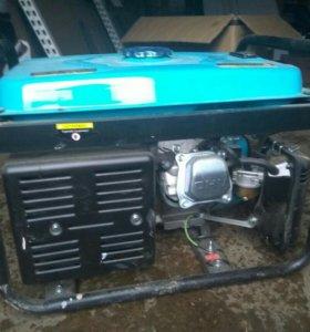 Генератор бензиновый 2.3 кВт wert 3000c