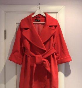 Женское демисезонное пальто 42-44
