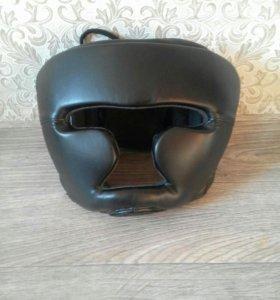 Шлем с закрытым лицом. Demix.