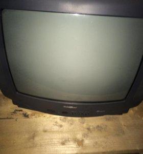 Цветной телевизор Goldstar