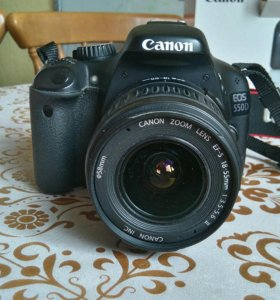 Зеркальный фотоаппарат Canon EOS 550D Kit
