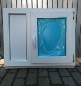 Пластиковая дверца под окно