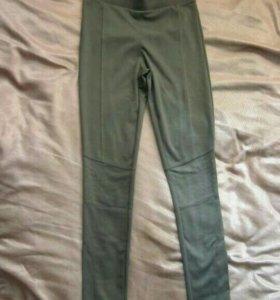 Новые брюки-стрейч.