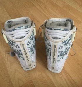 Ботинки для сноуборда р.37,5