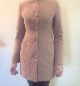 Пальто демисезонное 42-44