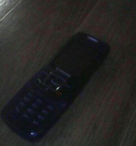 Кнопачный телефон SLMSUNG