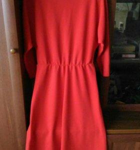 Платье красное 46р (М)