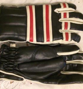 Перчатки Германия