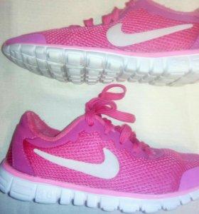 Кроссовки Nike 35.5-36