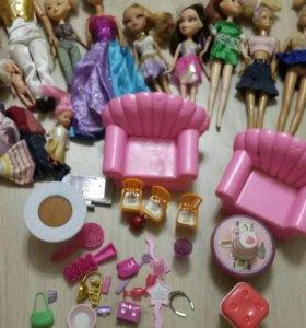 Куклы и все для них.