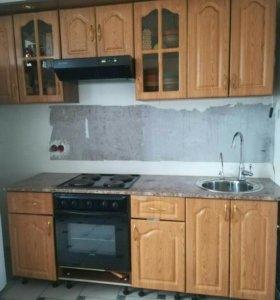 Продаю кухонный гарнитур вместе с варочной панелью