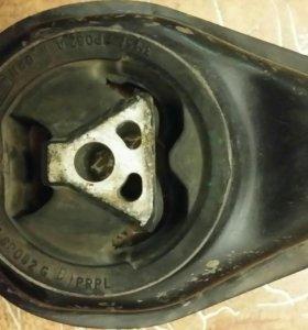 Нижняя опора двигателя Форд Фокус 2