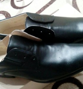 Мужские полуботинки на шнурках