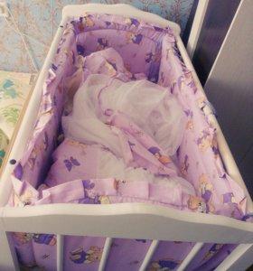 Детская кроватка(белая)
