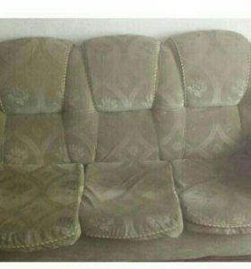 Диван с кресломи