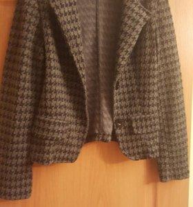 Женский пиджак, р-р 46