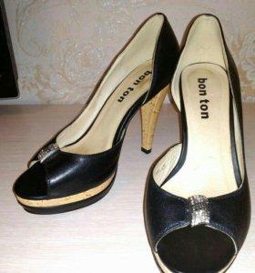 Новые Туфли 37 размер