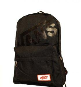Рюкзак черный Vans