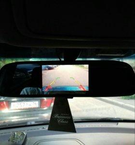 Зеркало с монитором и камера заднего вида