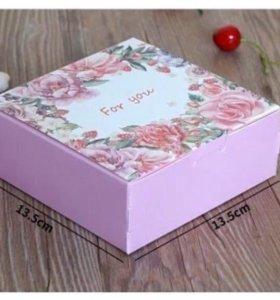 Коробка дому мини торта/пирожных