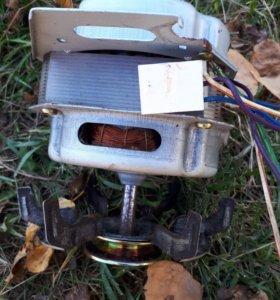 Электродвигатель к стиральной машинке daewoo .