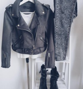 Куртка, джинсы, ботинки