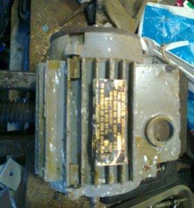 Электродвигатель АИР 50в4н3