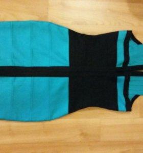 Платье HerveLeger