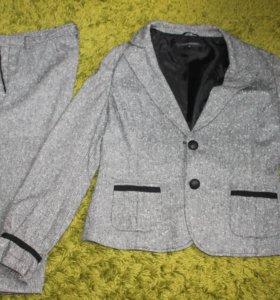 костюм 48