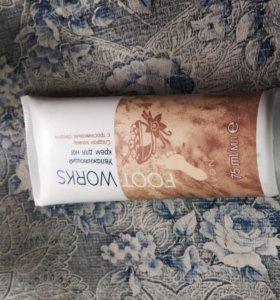 Увлажняющий крем для ног с ванилью и тростниковым