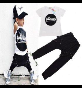 Новый детский комплект футболка и штанишки
