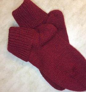 Вязаные носочки ,мужские и женские детские