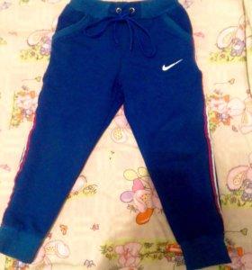 Спортивные штанишки для мальчика 98 размер