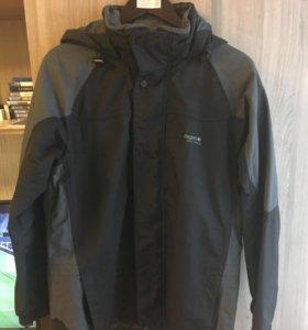 Куртка( ветровка) для туризма мужская Regatta
