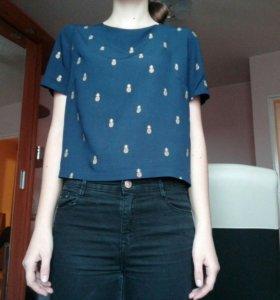 Укороченная футболка с ананасами