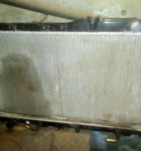 Радиатор на авто