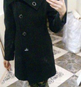 Пальто продам срочно!