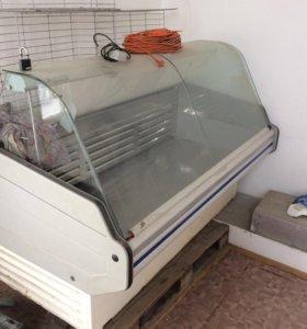 Продаётся холодильная витрина Cryspi.
