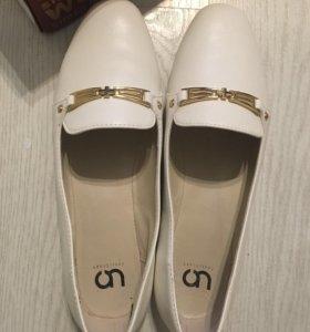 Новые белые балетки 40 рамер