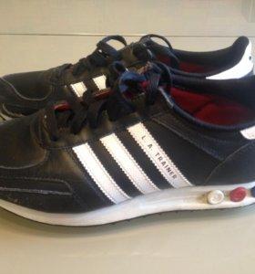 Кроссовки Adidas, 38размер