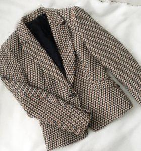 Жаккардовый пиджак Zara