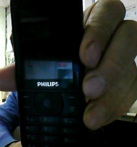 Сотовый телефон Филипс Е181