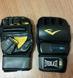 Новые снарядные перчатки Everlast Evergel