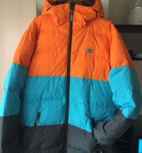 Сноубордисеская куртка DC